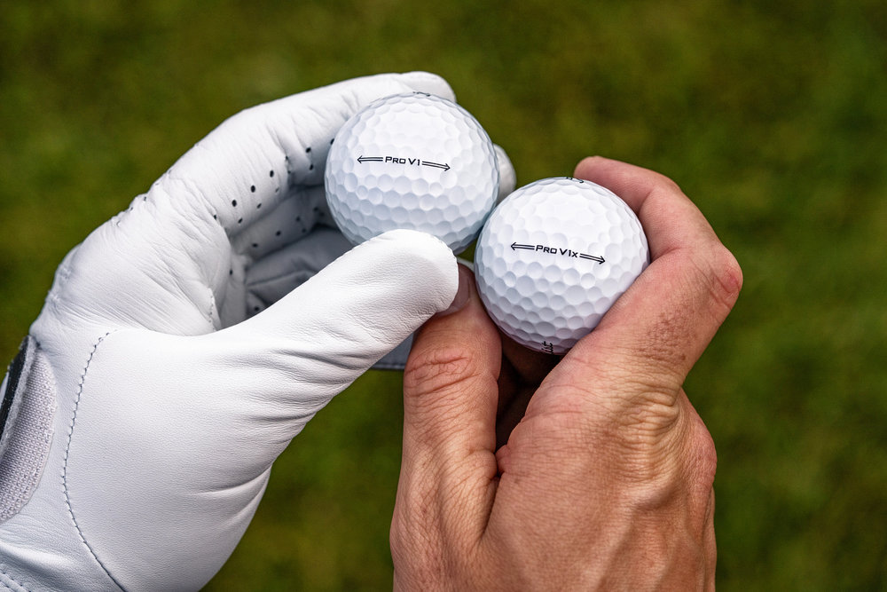 Dimple pattern of the Titleist Pro V1 and Pro V1x golf balls