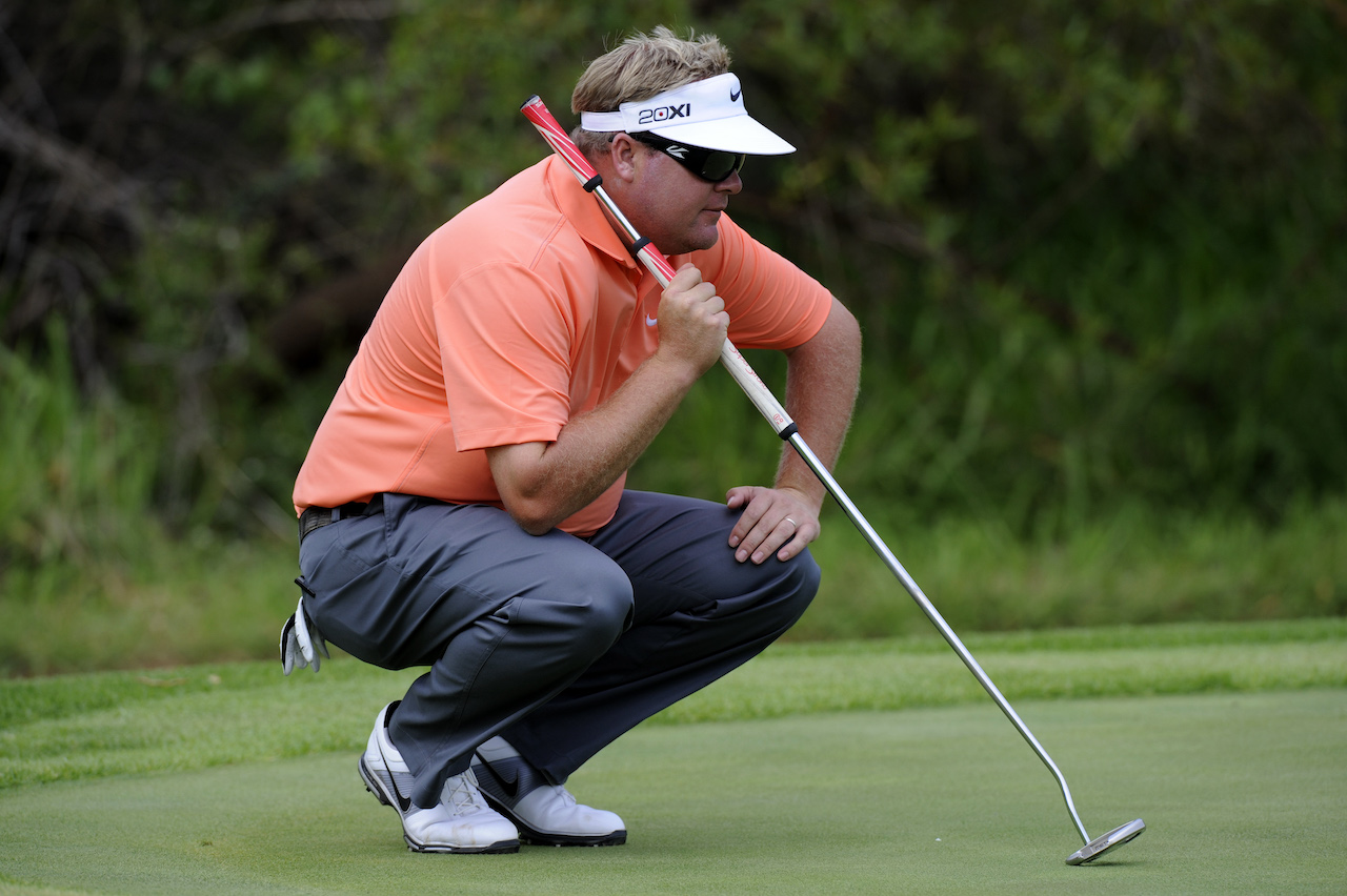 How to Putt With a Belly Putter